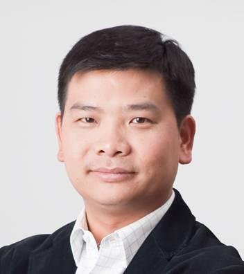 """AEE总裁张显志荣获""""首届深圳新生代创业风云人物""""称号"""