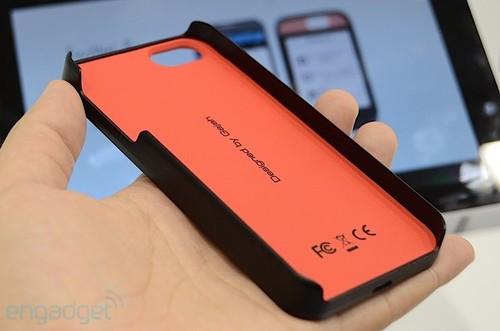 Eink外面壳 让Note2/iPhone5壹秒钟变副屏