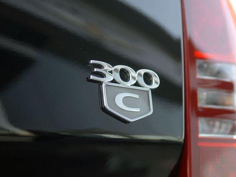 图片中的产品:北京奔驰克莱斯勒 300c 2.7l 豪华版克莱斯勒高清图片