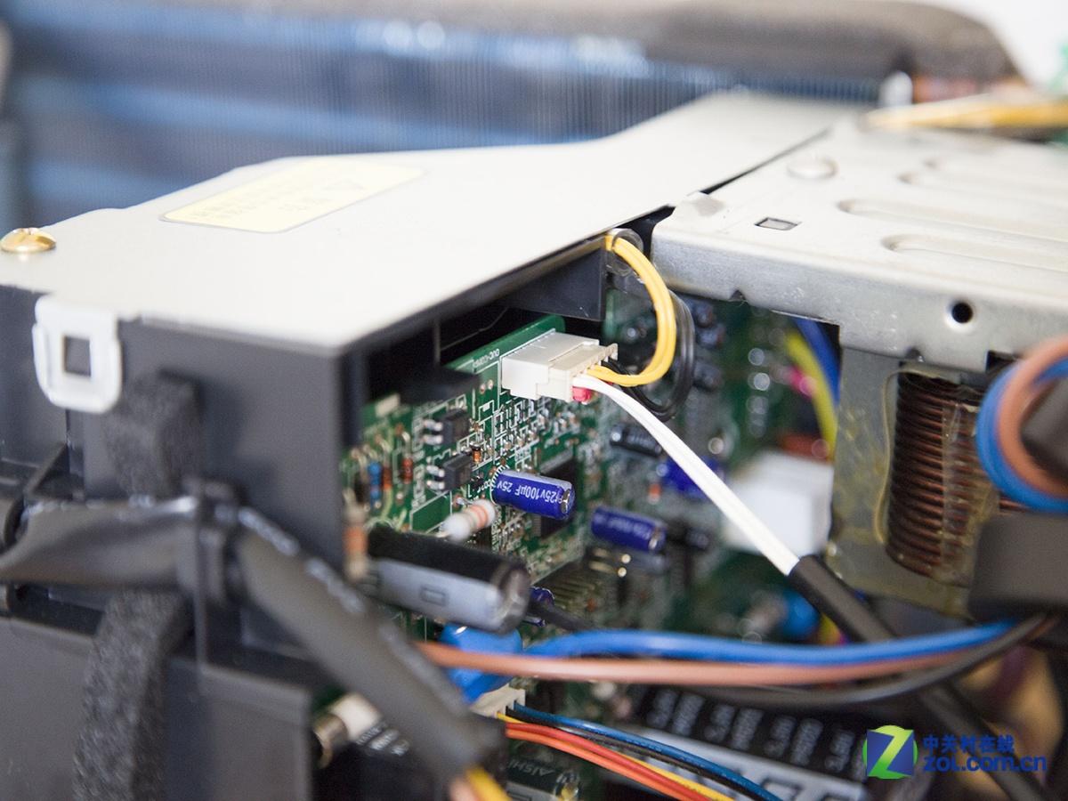 格力kfr-35gw/(35583)fnaa-a3空调电路采用模块化的