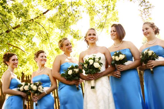 /slide/456/4568083_1.html dcdv.zol.com.cn true 中关村在线 http://dcdv.zol.com.cn/456/4568083.html report 184 婚姻是每个人生命中都要经过的重要环节。记录婚姻同等于记录幸福。不同的拍摄角度给人的视觉感受也是不一样的。我们此次在网络上精心搜集了一些国外知名婚礼摄影师的拍摄作品来和大家一起欣赏学习。.