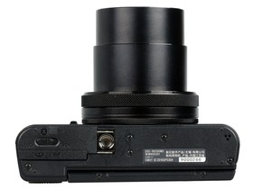 索尼RX100 V底部