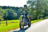 极速可达115km/h的纯电动摩托车Gulas Pi1S