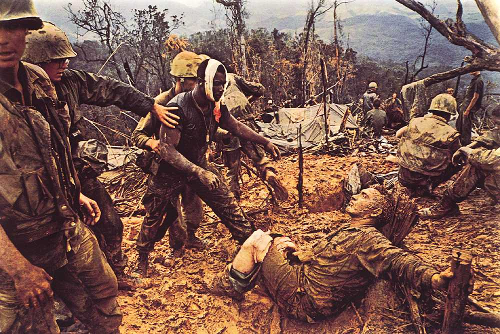 越南撞烂_【高清图】 在越战中殉职的摄影师 拉里·伯罗斯图2