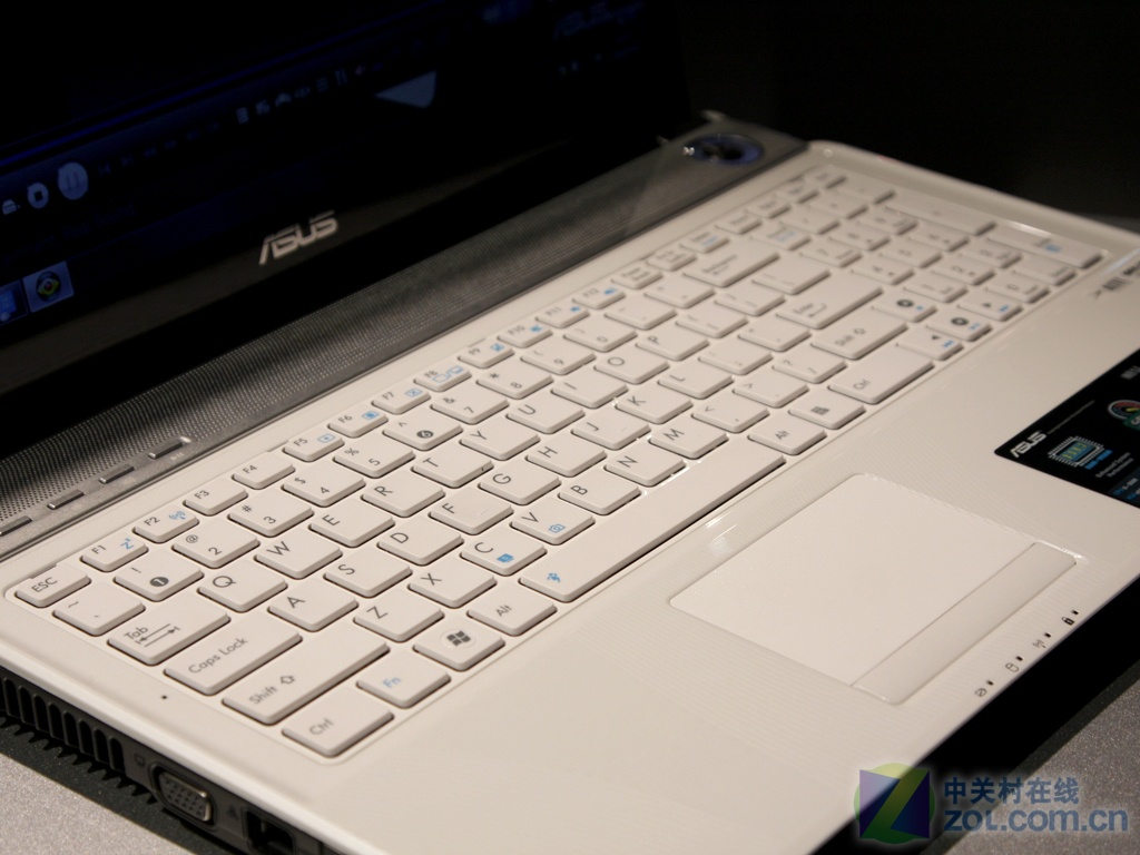 笔记本 笔记本电脑 键盘