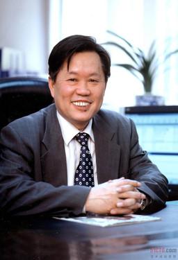 中科院计算所所长、中国工程院院士李国杰简介