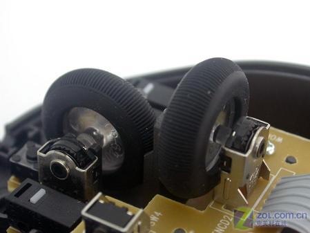 双飞燕纵横双滚轮鼠标评测