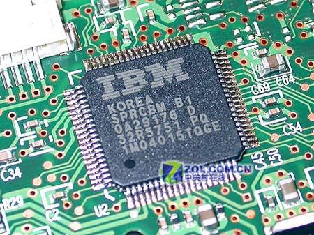 【图】日立160g 8m硬盘主轴驱动芯片