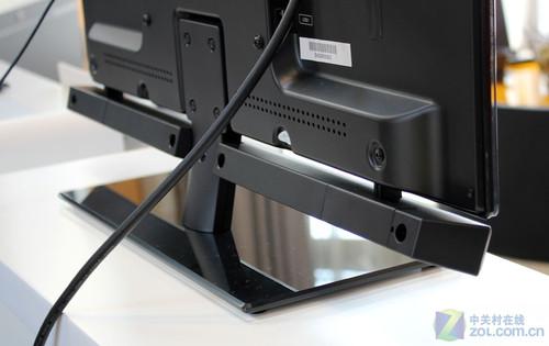 为了机身纤薄考虑扬声器创维蝉翼led电视采用外接设计