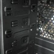 游戏玩家最爱 百硕恶魔D7机箱闪亮登场