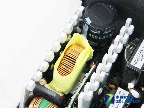 机箱电源 正文  tt威龙550电源采用双管正激拓扑架构,双mos管做主开关
