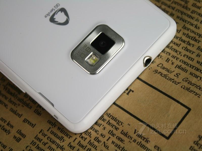 白色至尊版三星i9100g图片