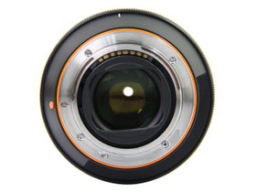 索尼Vario-Sonnar T* 24-70mm f/2.8 ZA SSM底部