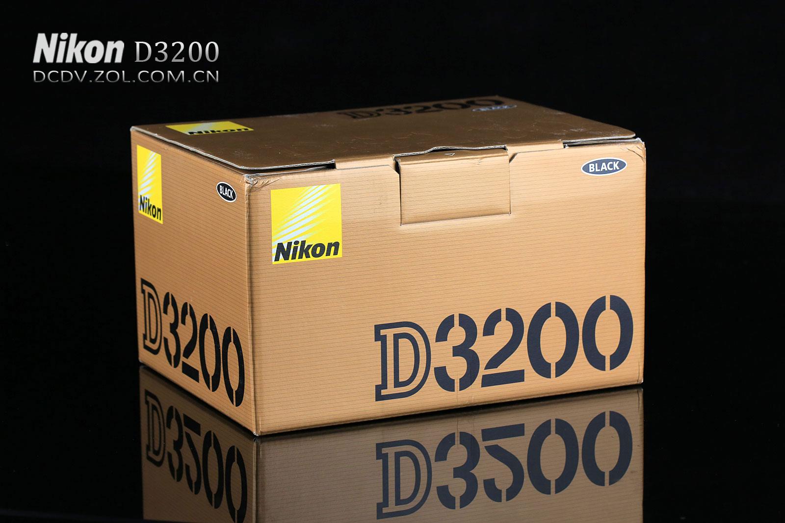 尼康D3200采用了2420万有效像素和EXPEED 3处理器,感光度范围ISO 100-6400 可扩展至12800,可实现每秒4张的高速连拍,具备11点自动对焦系统,机背搭载一枚3英寸640480分辨率屏幕,并且还支持1080/30p以及720/60p H.264编码。下面是尼康D3200外观及细节展示,敬请关注:(作者:付丽艳 2012-05-09) 收起
