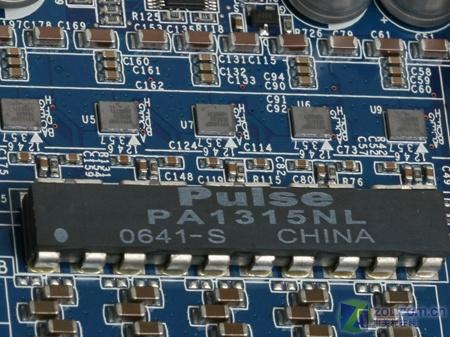 【高清图】 全固态电容加数字供电 升技965主板解析图5