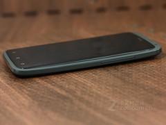 HTC One X 黑色 侧面图