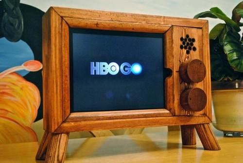 純手工打造 將ipad瞬間變成老式電視機