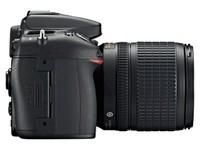 尼康D7100(单机 2410万有效像素 全高清1080) 天猫3766元