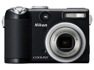 尼康P5000