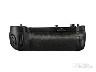 尼康 MB-D16尼康(nikon)D750相机 专用手柄 电池盒 电池闸盒 MB-D16.尼康D750手柄。尼康D16手柄。