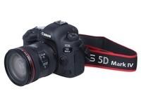 Canon/佳能5D Mark IV(单机 全画幅 旗舰款 港版) 京东16888元