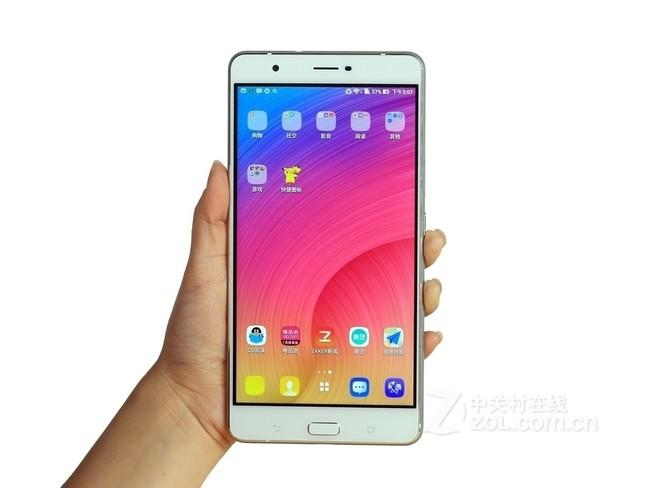 华硕ZenFone 3傲视