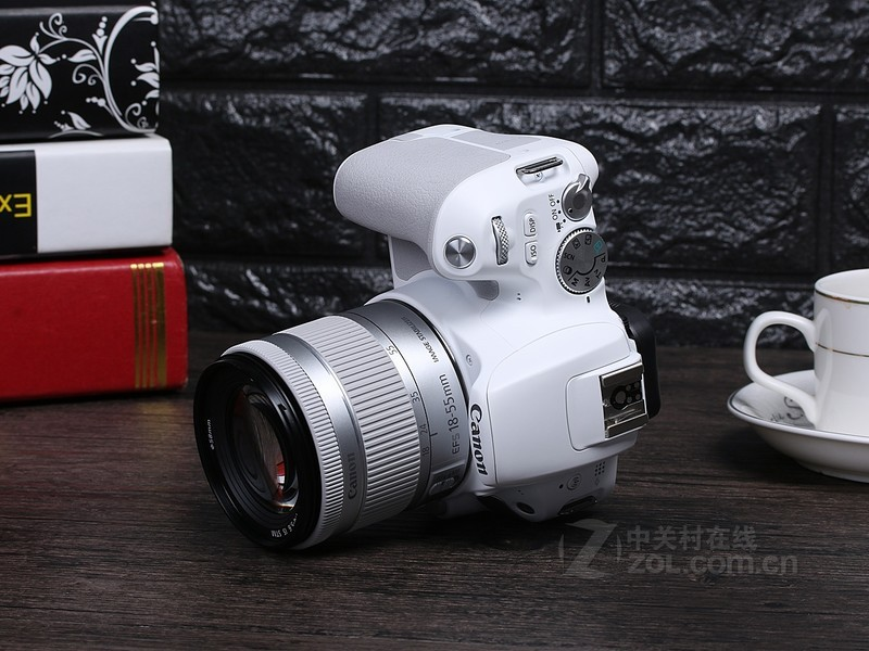 佳能(Canon)EOS 200D/200dii/200d2代/二代 入门级单反相机数码照相机 200DII(18-55mm)黑色豪华礼包