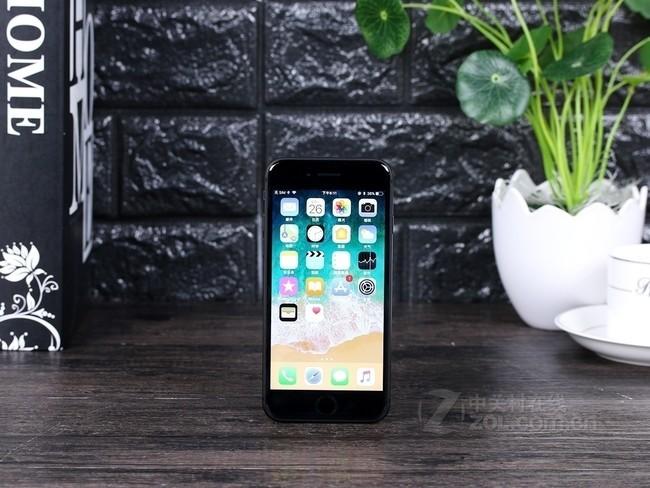 苹果iPhone8外观图