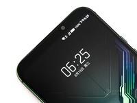 黑鲨游戏手机2(6GB RAM/全网通)外观图4