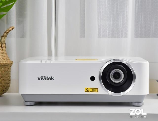 实测亮度超4500流明 Vivitek全高清投影机评测