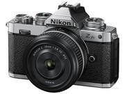 尼康 Z fc套机(28mm f/2.8 SE)